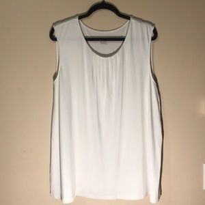 CJ banks Sleeveless blouse size 2X off white READ